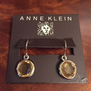 Anne Klein gold tone and amber brown drop earrings